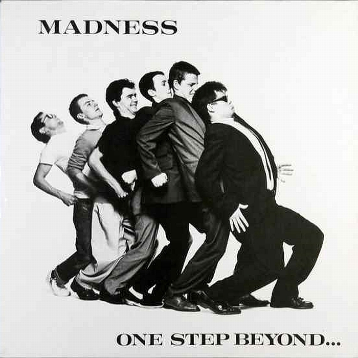 http://www24.big.or.jp/~great/nw/2tone/madness/0-111022-08.jpg